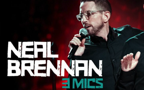 Neal Brennan – 3 Mics – Recensione standup comedy